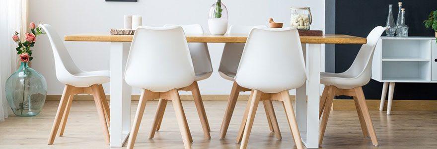 Tables et chaises salle à manger